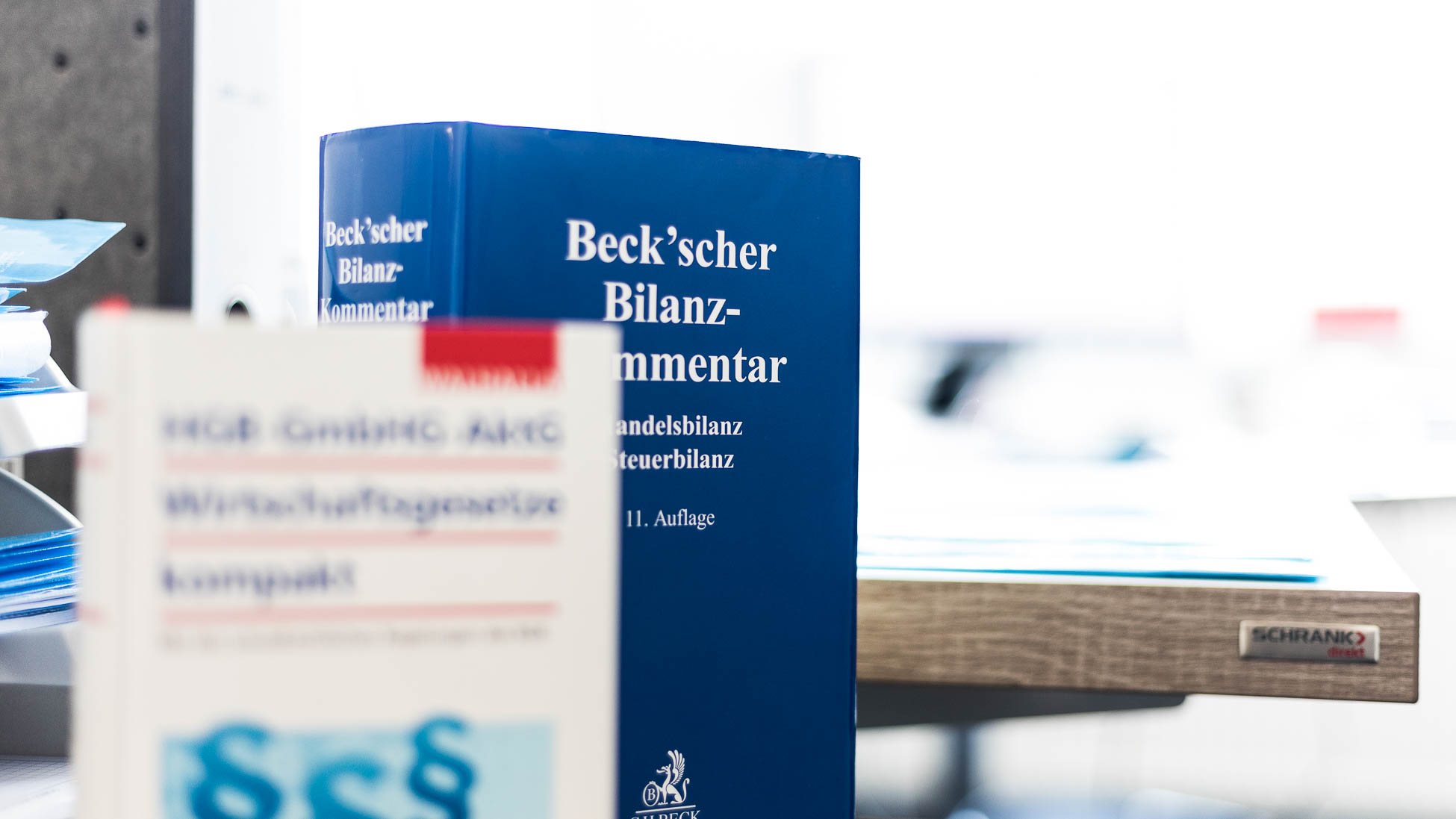 Kompetenz-Wirtschaftsgesetz Buch Zieglmeier + Stark Steuerberater und Wirtschaftsprüfer in Ingolstadt
